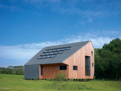 Maison ind Slovaquie prePATINA naturel facade joint angulaire RHEINZINK-jpg