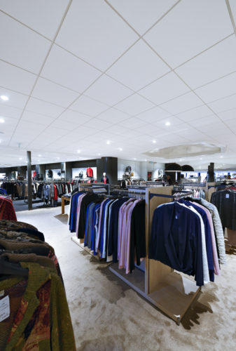 EurocousticBoutique De Vries Modegroep Barneveld Pays Bas 01credit Luc Seresiat-jpg