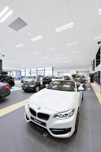 EurocousticConcession BMW Alphen aan den Rijn Pays Bas2credit Luc Seresiat-jpg