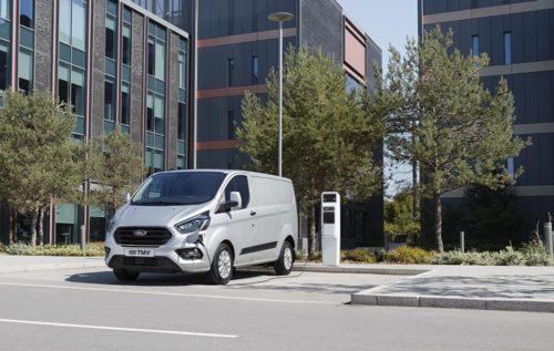 FORD AUTOMOBILES SAS – FORD FRANCE – Transit Custom Plug-in Hybrid -jpg