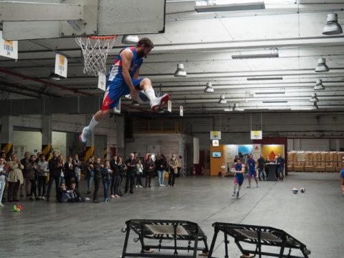 Sika - Show de basket anniversaire-jpg