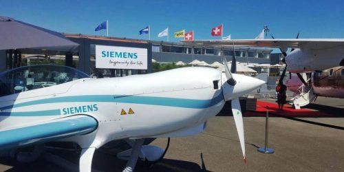 Siemens Extra330LESIAE 2017-jpg