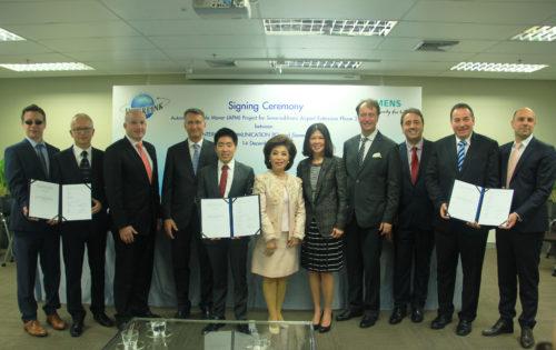 SiemensVALsignature contrat Bangkokceremonie-JPG