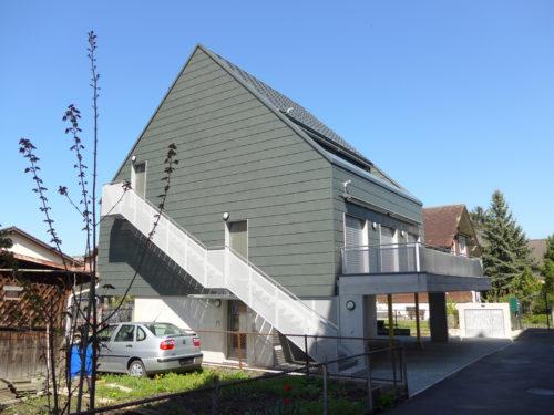 Petite parcelle et maison habillee en Rheinzink-JPG