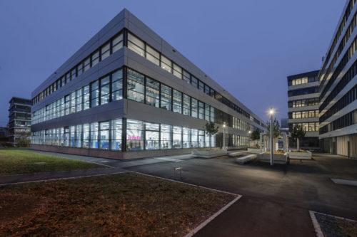 Siemens BTZugUsine de production de nuit-jpg