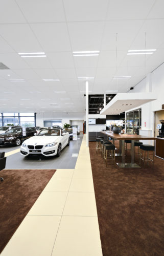 EurocousticConcession BMW Alphen aan den Rijn Pays Bas3credit Luc Seresiat-jpg