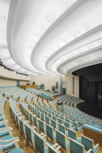 1-Young Spectators Theatre Russia  Saint-Petersburgcredits Olga Melekestseva-jpg